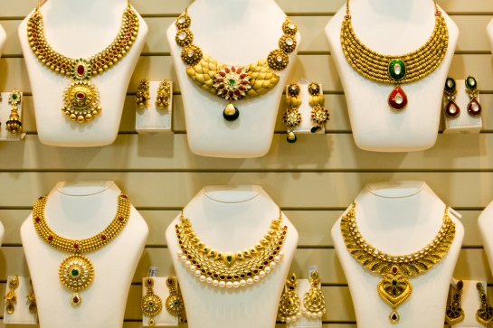 Dubai Gold Souk custom gold necklaces