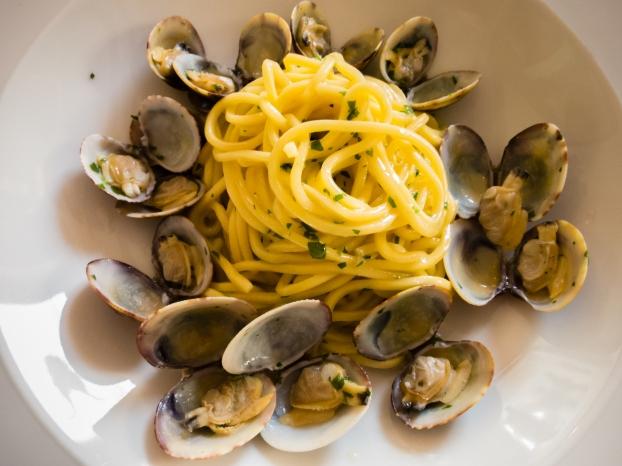 A second course -- Spaghetti vongole at Elefante Bianco, Trieste, Italy