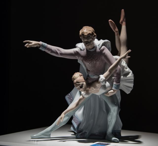 Ballet dancers -- pas de deux, limited Lladró edition, Museo Lladro, Valencia, Spain
