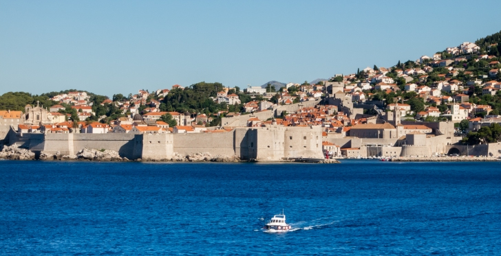 City wall along the Adriatic Sea of Dubrovnik, Croatia