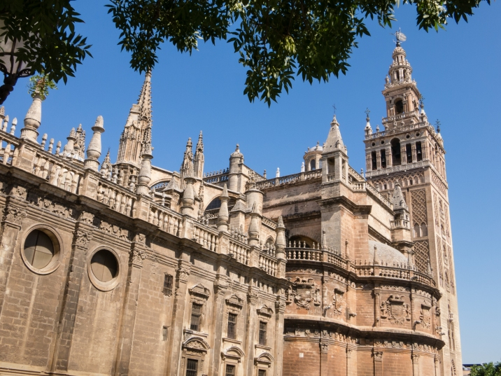 Giralda (bell tower) of Catedral de Santa María de la Sede (Cathedral of Saint Mary of the See), better known as Seville Cathedral, Sevilla, Spain