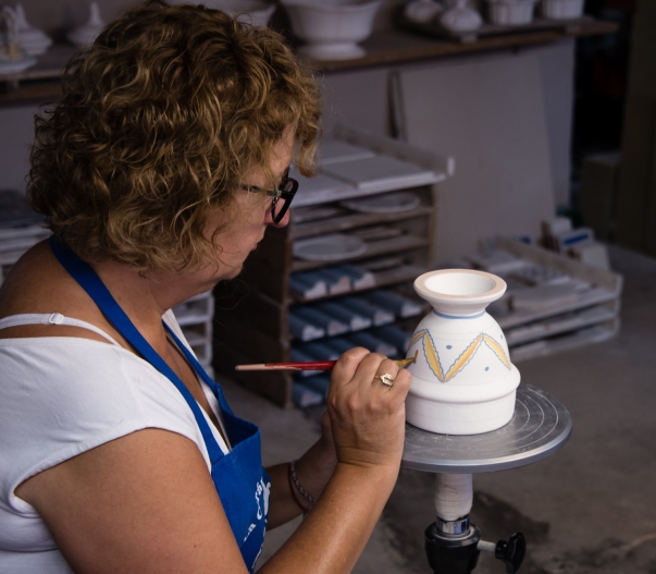 Hand painting the design, before the second kiln firing, Ceramica Vallencia, Manises, Valencia, Spain