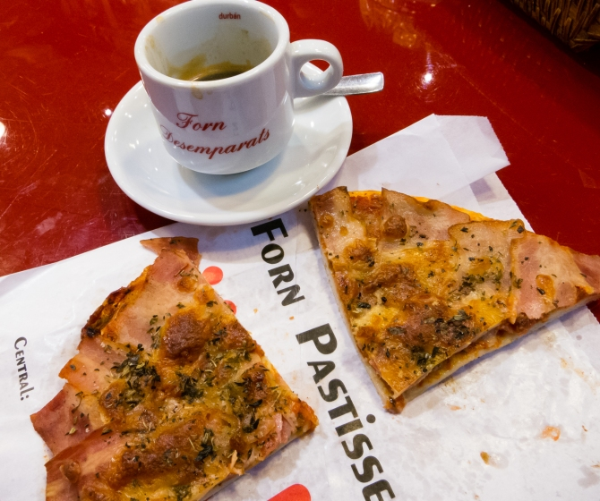 Mid-morning snack -- Jamón pizzetta -- at Mercado Central (Central Market), Valencia, Spain
