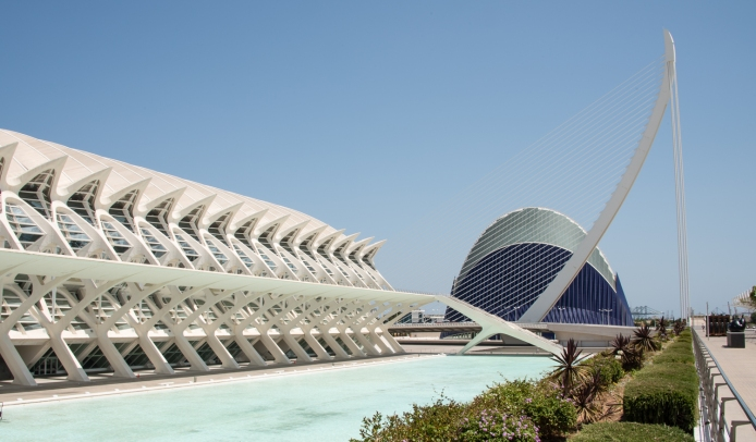 Museo de las Ciencias Principe Felipe (Science Museum), Bridge, and L'Agora (a covered plaza for concerts and sporting events) at the City of Arts and Sciences, Valencia, Spain