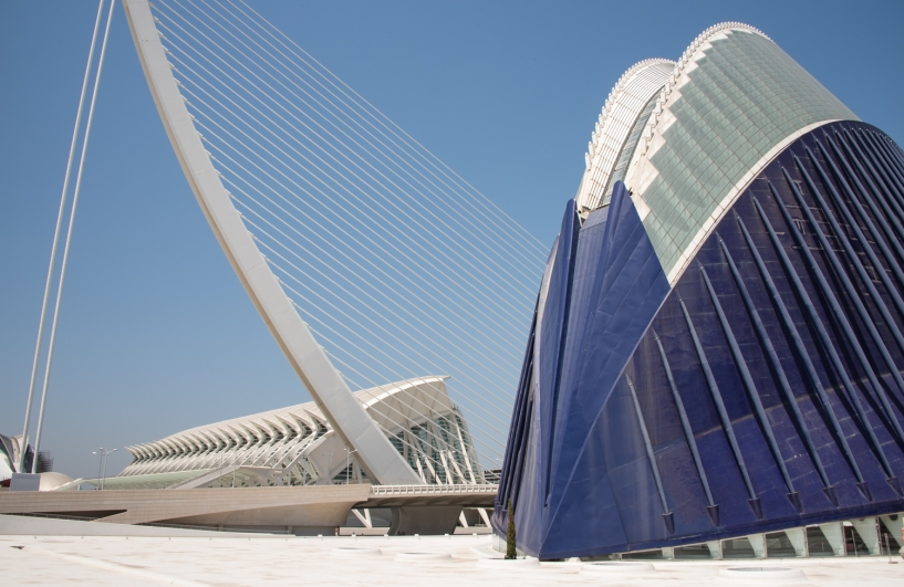 Museo de las Ciencias Principe Felipe (Science Museum), El Pont de l'Assut de l'Or (suspension bridge that connects with Minorca Street, and L'Agora (a covered plaza for concerts and sporting events) at the City of Arts and Sciences, Valencia, Spain