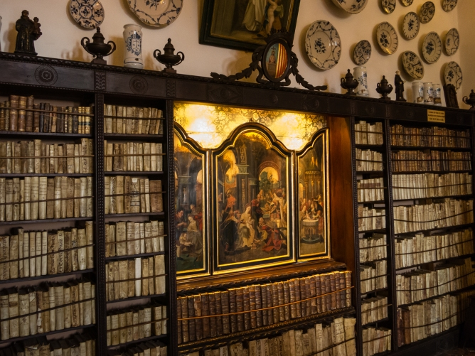 Old library in the monks' cells at the Real Cartuja de Valldemossa (the Royal Carthusian Monastery), Valldemossa, Mallorca, Spain