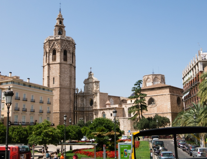 Plaza de la Reina overlooking the Cathedral, Valencia, Spain