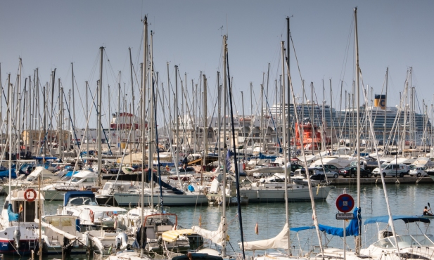 Yacht harbor and cruise ship port, Palma de Mallorca, Mallorca, Spain