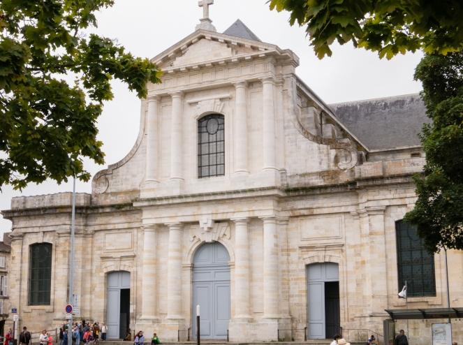 Cathédrale Saint-Louis de la Rochelle in Vieille Ville (Old Town) in La Rochelle, France