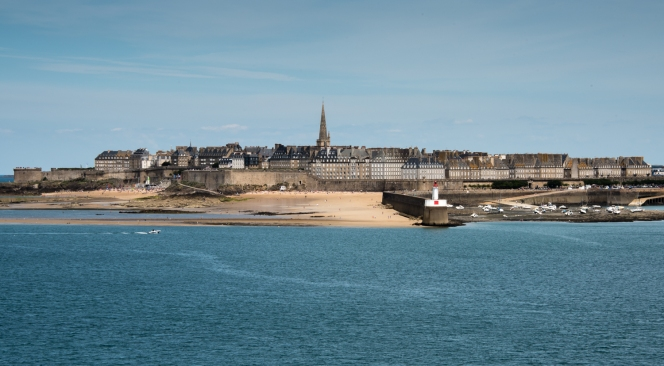 La Ville Intra-Muros (Walled City), Saint-Malo, France, viewed from the west at low tide