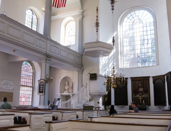 Interior of Old North Church, from which Paul Revere began his midnight ride to warn the citizenry of Boston on 18 April 1775, Boston, Massachusetts, USA