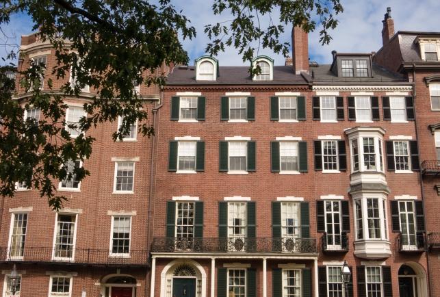 Typical residential housing, Beacon Hill (overlooking the Boston Public Garden), Boston, Massachusetts, USA