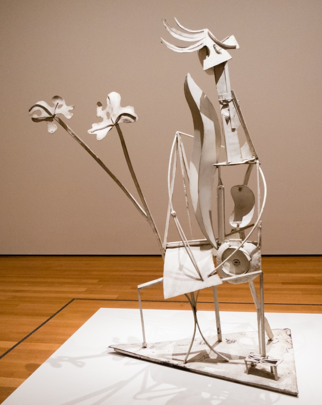 """""""Woman in the Garden"""". Paris, 1929-30.  Welded and painted iron.  Musee national Picasso-Paris. Dation Pablo Picasso   In """"Picasso Sculpture"""", MOMA, New York, NY, USA"""