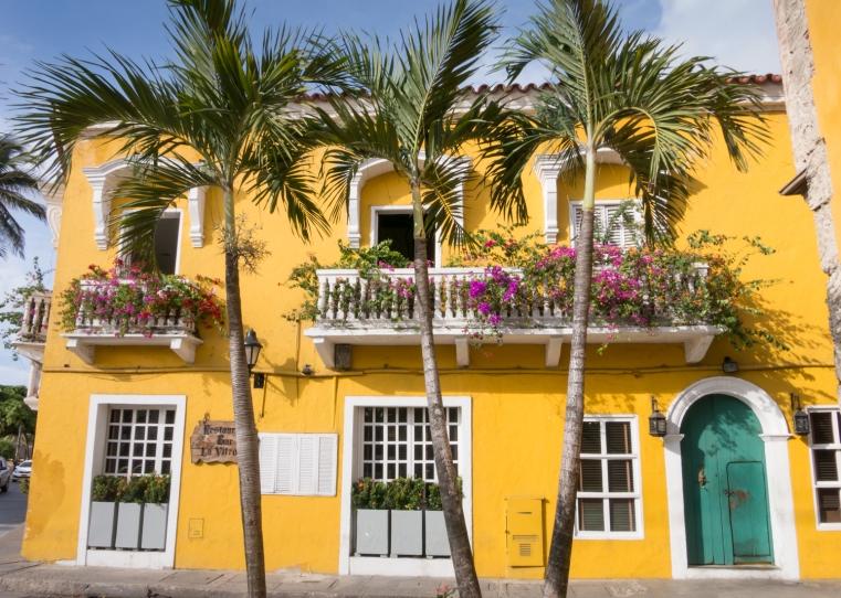 Restaurant and Bar La Vitrola (Victrola) in El Centro (Old City) Cartagena, Colombia