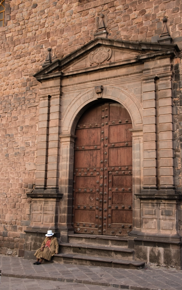 A side entrance to Templo de la Compañía de Jesús (Church of the Society of Jesus), a historic Jesuit church in Cuzco, Peru
