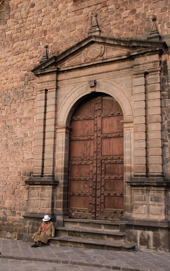A side entrance to Templo de la Compañía de Jesús (Church of the Society of Jesus), a historic Jesuit church in Cuzco, Peru