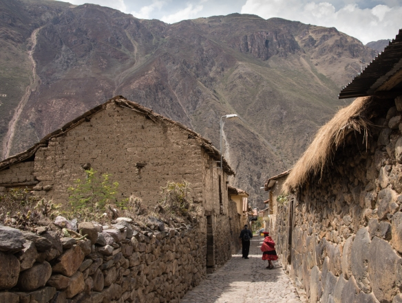 A typical street and houses, virtually unchanged since the 15th century, Ollantaytambo (Sacred Valley of the Incas), Peru