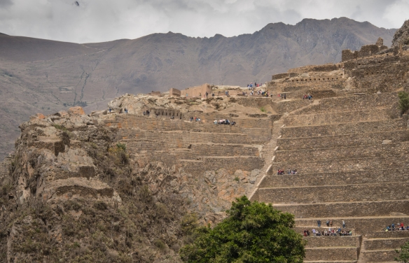 Ollantaytambo Fortress and Templo del Sol (center, at the top of the foreground mountain, 15th century), Ollantaytambo (Sacred Valley of the Incas), Peru