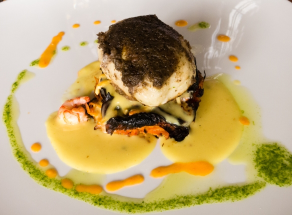 Our main course was Conger eel fillet with black olives over vegetable lasagna, yellow pepper and shrimps with Vina Casa Marin Pinot Noir Lo Abarca Hills 2010, Las Condes, San Antonio Valley, Chile-