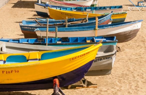 Boats for rent on Playa de Las Canteras, Las Palmas, Gran Canaria, Canary Islands