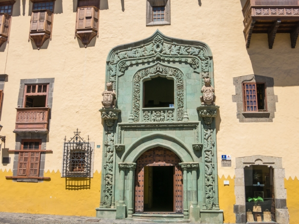 Casa de Colón (Columbus' House), where Cristóbal Colón (Christopher Columbus) stayed during repairs to his ship before embarking on his 1492 voyage of discovery, in the historic Vegueta district, Las Palmas, Gran Canaria, Canary Islands
