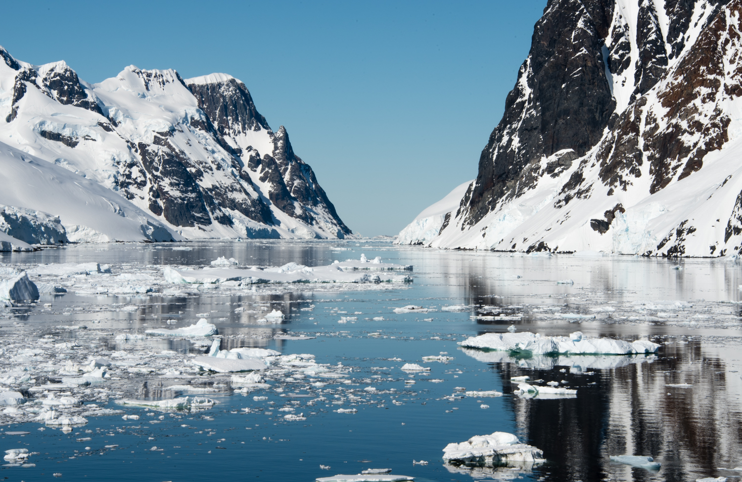 Lemaire Channel, Antarctic Peninsula, Antarctica | Where in the ...