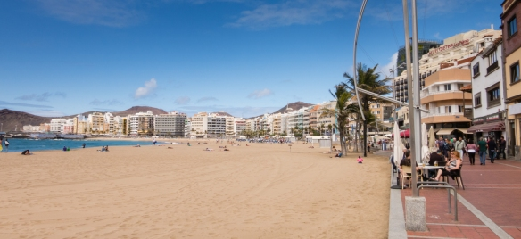 Las Canteras beach is considered the city's most prominent beach, Las Palmas, Gran Canaria, Canary Islands