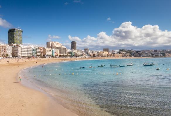 The promenade along Playa de Las Canteras, Las Palmas, Gran Canaria, Canary Islands