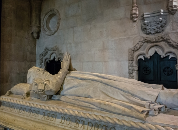Tomb of Vasco de Gama just inside the entrance to Mosteiro dos Jerónimos (St. Jerone's Monastery), Lisboa (Lisbon), Portugal
