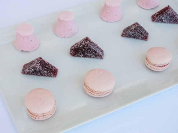 Mignardises (bite-sized desserts) – macaroons and pavé (candied jelly), Le Mas Candille, Mougins, France