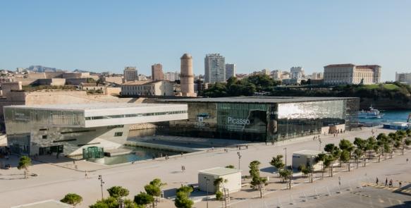 We were docked in front of the new (2013) harbor development of MuCEM – Musee des Civilisations de l'Europe et de la Mediterranee – and Villa Mediterranee, Marseille, France