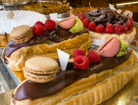 Yes, we did actually take a photograph of these exquisite French pastries and did not purchase and consume them just before lunch -- ☹, Aix-en-Provence, France