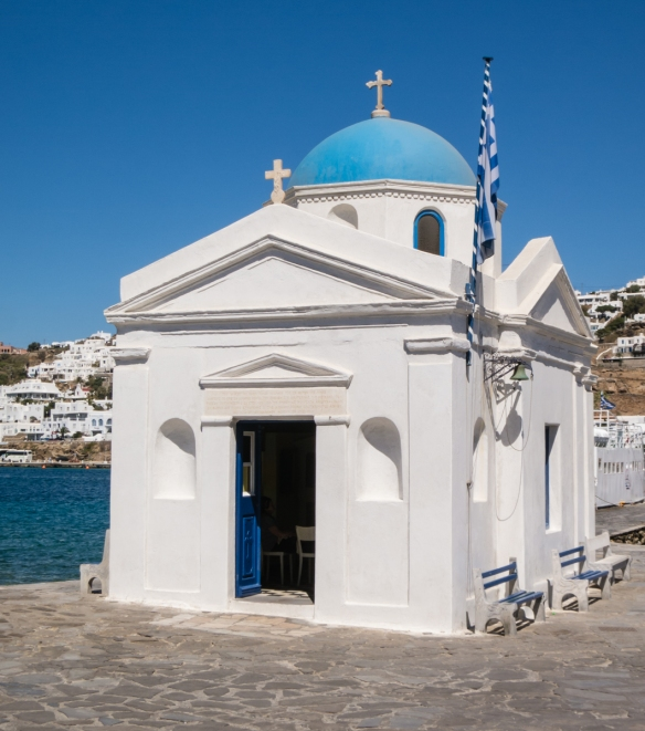 agios-nikolaos-at-the-port-pier-at-gialos-beach-is-one-of-600-churches-in-mykonos-town-mykonos-cyclades-greece