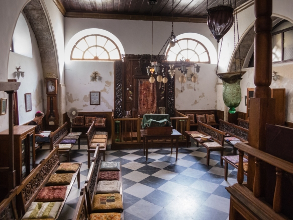 in-keeping-with-all-synagogues-the-ehal-torah-shrine-is-located-on-the-east-wall-etz-hayyim-synagogue-chania-crete-greece