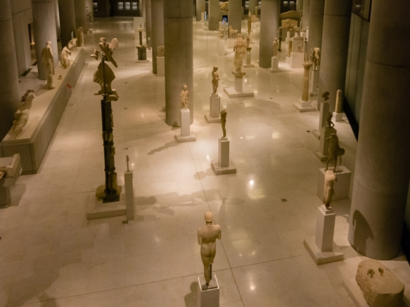 the-archaic-the-period-throughout-the-7th-century-bc-until-the-end-of-the-persian-wars-480-79-bc-gallery-was-designed-to-enable-visitors-to-have-the-opportunity-to-view-exhibits-from-all-sides-as