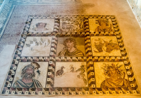 the-four-seasons-mosaic-in-room-3-of-the-house-of-dionysos-a-luxurious-roman-residence-built-during-the-end-of-the-2nd-century-a-d-with-anthropomorphic-representations-centrally