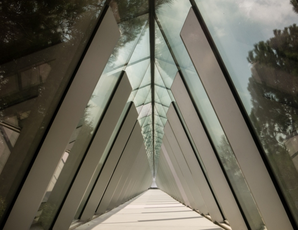 the-skylight-roof-of-the-holocaust-history-museum-yad-vashem-the-world-holocaust-remembrance-center-jerusalem-israel