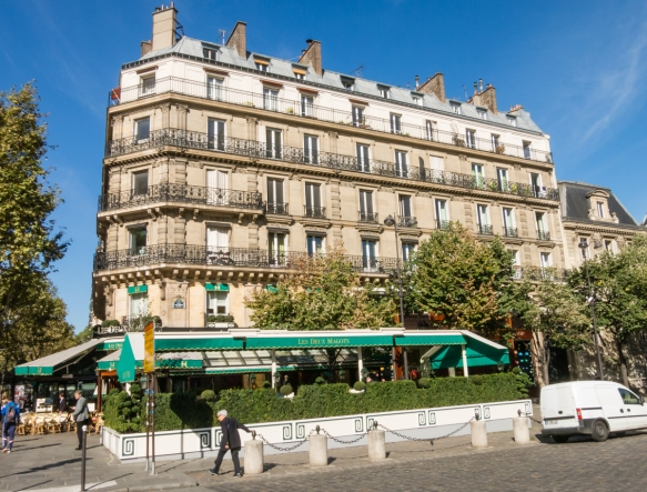 down-the-boulevard-is-another-well-known-cafe-les-doux-magots-the-main-rival-of-cafe-de-flore-having-hosted-many-luminaries-such-as-jean-paul-sarte-simone-de-beauvoir