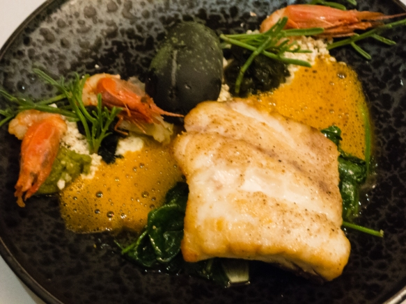 a-main-course-of-fresh-barramundi-asian-sea-bass-from-the-waters-off-the-north-coast-of-australia-cape-lodge-restaurant-wilyabrup-margaret-river-region-western-australia