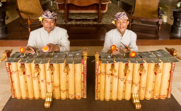 it-was-lovely-each-morning-to-wake-up-at-the-st-regis-resort-and-find-two-local-accomplished-gamelan-players-greeting-us-by-the-entrance-to-the-restaurant-where-we-enjoyed-a-leisurely-asian-style-br