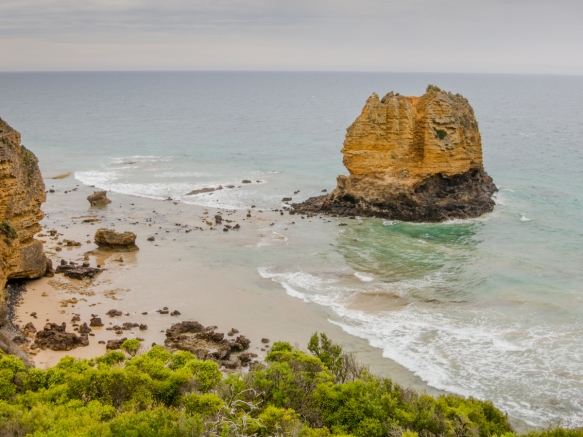 a-limestone-stack-just-offshore-at-aireys-inlet-also-the-site-of-the-split-point-lighthouse-below-that-was-a-precursor-to-our-seeing-the-eight-remaining-twelve-apostles