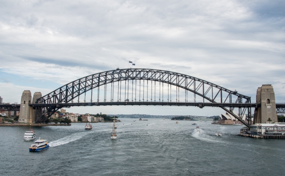 the-clearing-sky-served-to-highlight-the-sydney-harbour-bridge-sydney-new-south-wales-australia