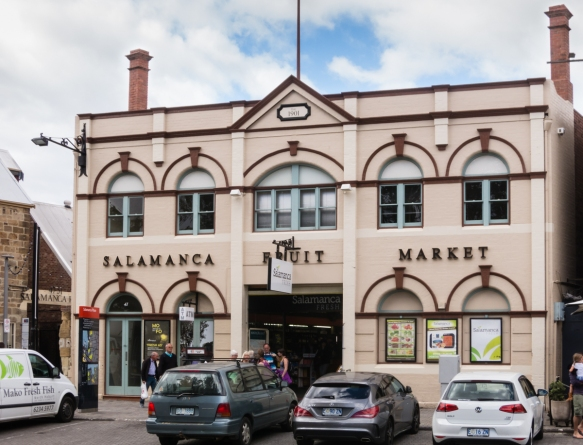 the-salamanca-market-area-has-been-beautifully-restored-with-dozens-of-shops-galleries-bars-and-restaurants-hobart-tasmania-australia
