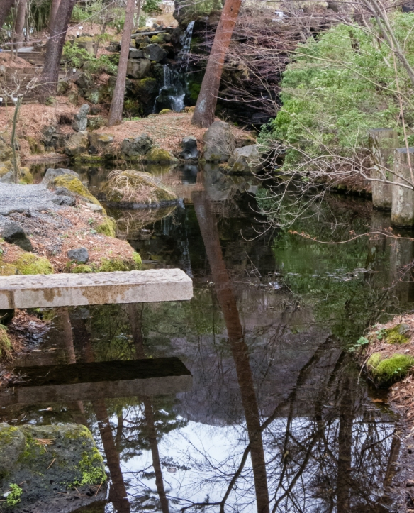 Itchiku Kubota Art Museum Garden (entry), near Lake Kawaguchi, Yamanashi, Japan