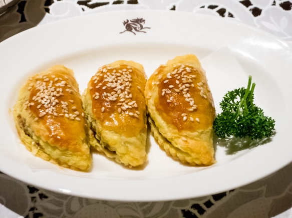 Beef in pastry with sesame seeds, Spring Moon in the Peninsula Hotel, Hong Kong, S.A.R., People_s Republic of China