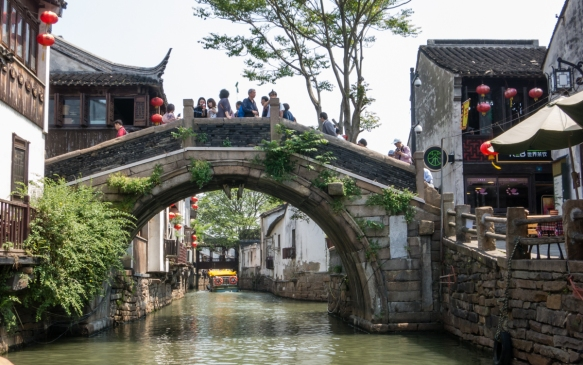 Interspersed among the homes are sections of commerce (shops and restaurants) along the Grand Canal, Suzhou, China