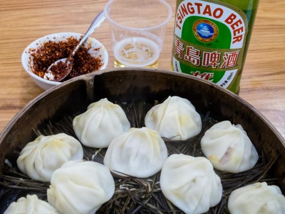 What the fuss is all about – wonderful pork and crab Shanghai dumplings, one dozen per steam basket, Jia Jia Tang Bao, Shanghai, China