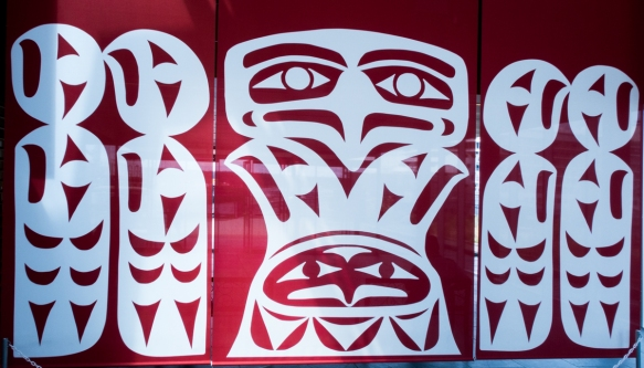 Salish Spirit by Noel Brown of the Snuneymuxw First Nation, displayed at the Nanaimo Cruise Terminal, Vancouver Island, British Columbia, Canada