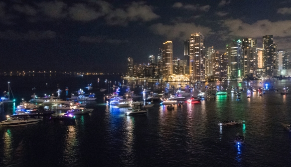 Before midnight on December 31st, boats and yachts line up across from Dodge Island (home of the Port of Miami and the cruise terminals) to have prime viewing of the midnight downtown fi