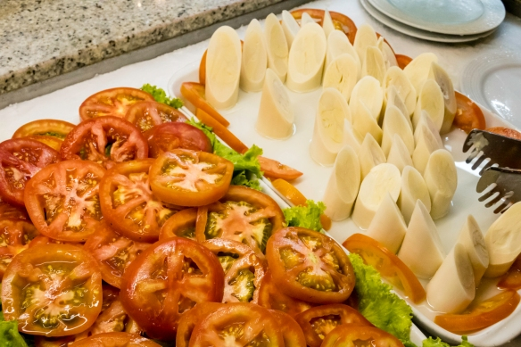 Tomatoes and a local specialty, fresh hearts of palm, Oasis restaurant, São Conrado, Brazil